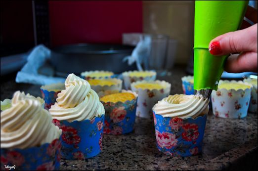 tres_leches_cupcakes_21
