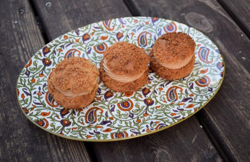 פחזניות במילוי קרם אגוזי לוז